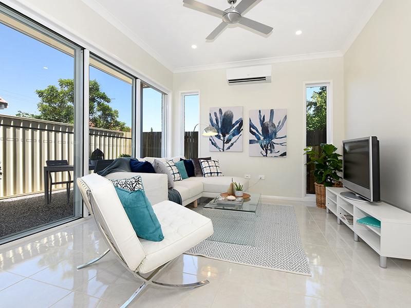Toowoomba Twins living room 2